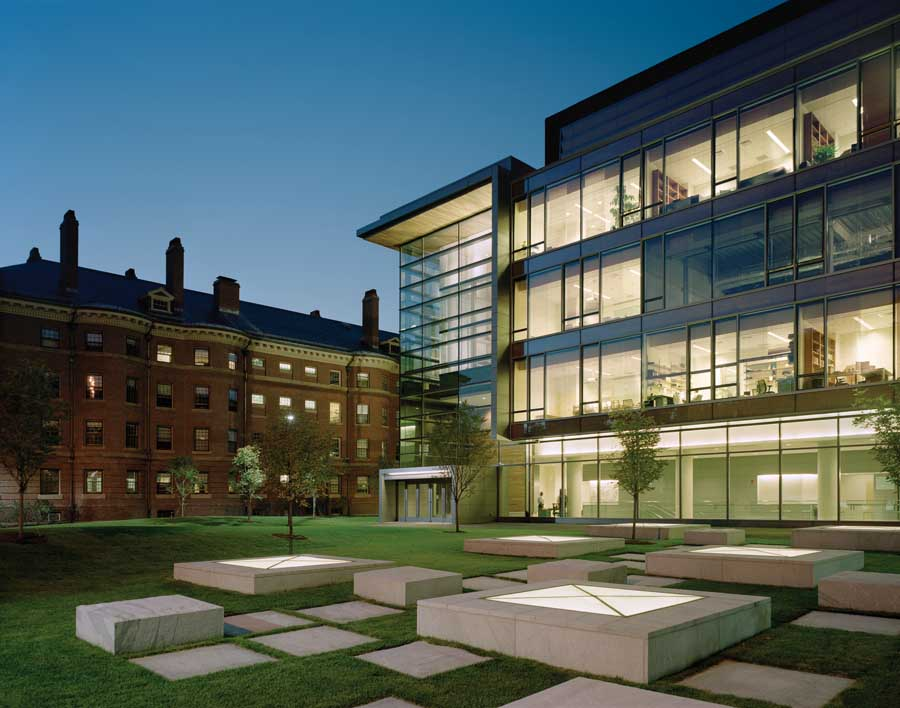 aixf_harvard_university_building_s290110_th7.jpg