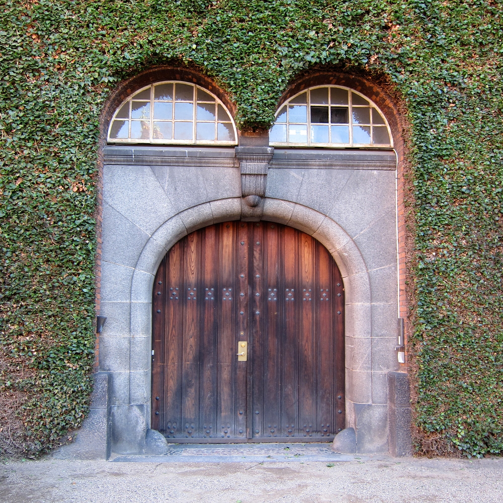 One of the many great doorways in CPH