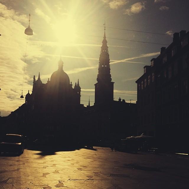 #morning #sunshine over #strøget #copenhagen #vscocam #silhouette - #summer in the #city