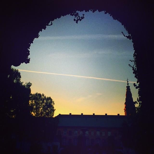 #summer evening #sunset #spire #vaportrail #sky - #kongeligebibliotekshave #christiansborg #copenhagen #silhouette