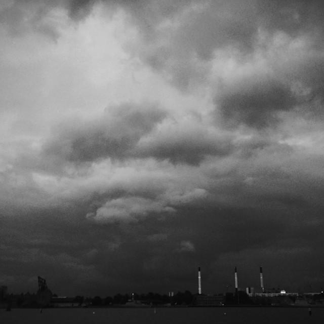 Here comes more #rain for #copenhagen - #sky #clouds #vscocam #vscogod #blackandwhite