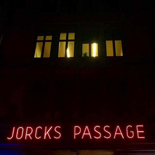 #typography #sign #neon