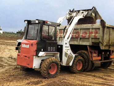 bobcat 2400 janv 89 - copie.jpg