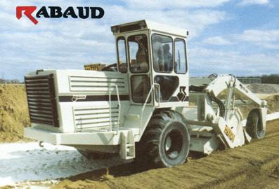 11 Rabaud bemmaco Excavator décembre 1989 - copie copie.jpg