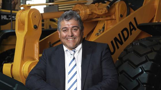 Pour Alain Worp, Directeur Général de Hyundai Construction Equipment Europe,  «Ce nouveau site représente un remarquable pas en avant pour notre division européenne. Après être devenue une unité opérationnelle indépendante au début de cette année, avec une nouvelle image de marque de l'entreprise et la définition de notre vision globale d'ici à 2023, ce nouveau siège social européen indique clairement que les choses bougent vite au sein de Hyundai Construction Equipment. Cela envoie aussi un signal fort que nous sommes présents sur le marché ... et également pour faire les choses en grand. Je pense que ce n'est qu'un signe avant-coureur d'un avenir radieux.»  © Bull BTP