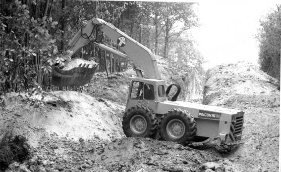 Pingon est une société française qui a été créée à la fin des années 1940 par Pierre Joseph Pingon. En 1949, Pingon crée un bureau d'ingénierie qui conçoit une nouvelle idée dans la conception de grues à tour considérablement allégée. En 1954 il construit le premier exemplaire dans les ateliers Tichauer à Belley avec qui il conserva son partenariat pour la production. Tichauer était un constructeur de malaxeur à béton en Alsace. La nouvelle compagnie prit le nom de Construction Mécanique du Bugey.   Au cours des années 60, elle met au point sa première pelle hydraulique le modèle 12. Une machine très compacte, mobile, stable et polyvalente à souhait avec pas moins de 26 équipements divers dont: benne preneuse, grappin de reprise, ripper, rallonge rétro, flèche grue treillis, godets, etc…