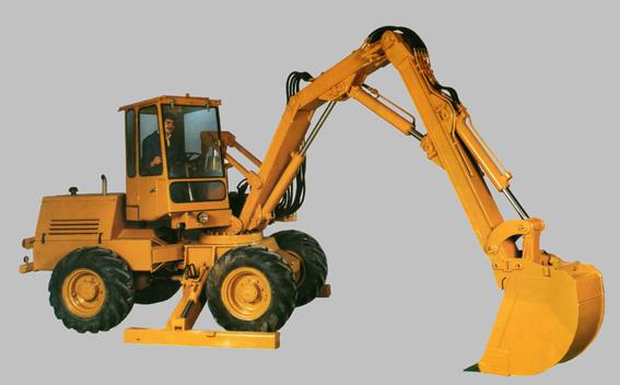En 1973, les activités grues de Pingon furent rachetées par Manubat puis plus tard en 1979 c'est l'industriel allemand Hors Dieter Hesch qui en deviendra le propriétaire (groupe IBH). Pingon prendra alors le nom Hanomag-Pingon. Pingon poursuitsa carrière dans la conception d'engins de travaux publics. Il fonde en 1974 à Annecy-le-Vieux la société Mécalac (Mécanique du Lac) qui produit une machine   d'une conception unique et originale, polyvalente particulière qui offre l'avantage d'être à la fois pelle hydraulique (butte et rétro), élévateur et porte-outils à rotation totale. En fait, un produit avec la même empreinte que Pingon !   En 1988 Jean-Marie Obry (Pel-Job) reprend Mecalac à Pierre Joseph Pingon , année de son décès. Enfin, en 1990, Henri Marchetta reprend le groupe Pel-Job -Mecalac à Jean-Marie Obry. C'est en 1967 que Pingon sera représenté en Belgique d'abord par Wijnmalen &Hausmann, ensuite par O. De Bruycker en 1976 et ensuite par la firme Verbist en 1981. La gamme était composée par les séries 12 et 14. Le modèle 12 A sera exposé à Expomat en 1964 tandis que le modèle 14 sera exposé en 1968 sous le nom de «Sitting Bull » toujours à Expomat. Le constructeur proposera également au salon du Bourget un proto le 18 A de 50 tonnes doté d'un moteur de 300 ch. C'était à l'époque la plus grosse pelle sur pneus au monde.  Références :Technique TP, Story of Pingon par Francis Pierre, Grutiers.com. Merci à Romuald Servaye de m'avoir prêté une importante documentation qui m'a permis de faire revivre «Ce cher disparu ».       © Bull BTP