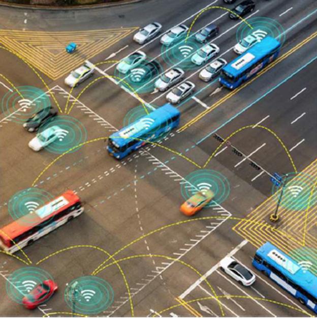 Déjà dans cette optique de gestion dynamique du trafic, un nouveau centre Perex 4.0, permettant une gestion en temps réel des infrastructures (auto) routières et fluviales est actuellement en cours de réalisation. Sa mise en service est estimée au début de l'année 2019, pour un coût de 30 000 000 d'€ HTVA.Un Plan Lumières 4.0, prévoyant le remplacement de l'éclairage du réseau structurant par un système intelligent dont l'intensité sera pilotée à distance et modulable, a également été lancé. Sa procédure d'attribution est toujours en cours. Sa mise en service est prévue fin 2018. Son coût estimé est de 30 000 000 € HTVA par an pendant 20 ans. Relevons encore le développement d'applications web ou smartphones pour les usagers pour décembre, les remplacements des feux tricolores de signalisation (LED), la mise en place d'un système pilotable depuis le centre PEREX 4.0 ainsi qu'un système intelligent permettant un dialogue avec les véhicules connectés, etc. Objectif : fluidifier la circulation. Retenons encore la mise en place d'une infrastructure capable d'interagir avec les véhicules connectés (C-Roads): Objectif :  Interférer directement     avec les véhicules et de mieux détecter les événements en temps réel pour mieux informer les usagers. Mise en service prévu : fin 2018     Tournai : Le chantier de réhabilitation du boulevard de Marvis redémarre