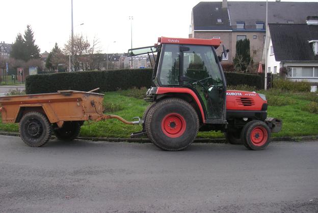 tracteur KUBOTA - copie.JPG