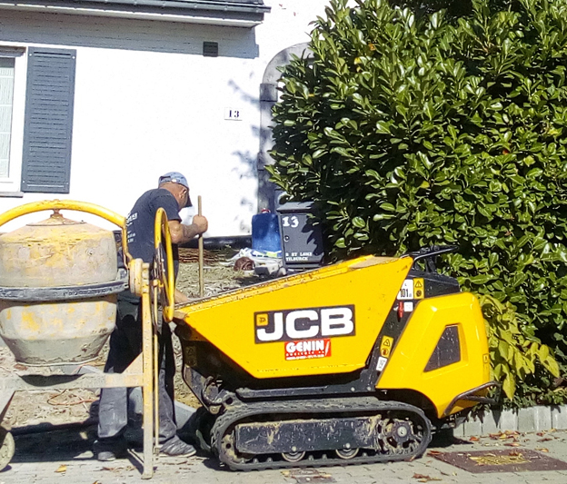 JCB mini transporteur et mini pelle - copie 3.jpg