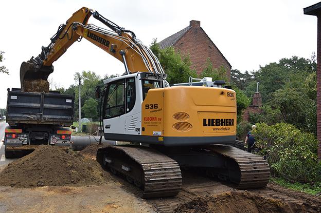 liebherr-crawler-excavator-r-936-compact-elboka-nv-2-96dpi.jpg