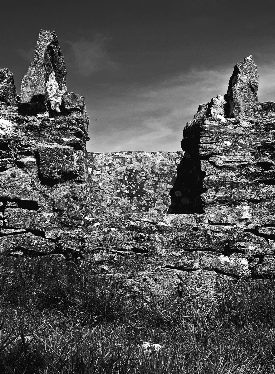 Stone gateway about Sligo, Eire