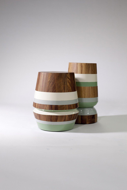 - CAPIRUCHO SIDE TABLE & STOOL