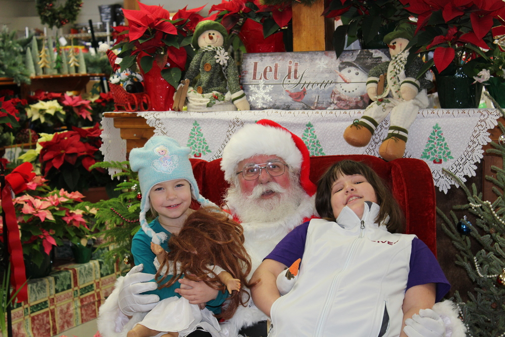 Riley and Gabrielle help Santa Claus with his list!