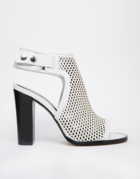 £65.00 ALDO Aelalla White Peforated Heeled Shoe Boots