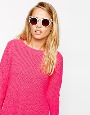 £27.00Quay Invador Cat-Eye Sunglasses