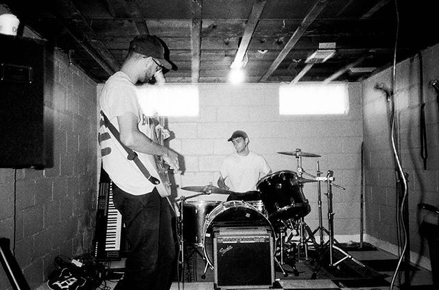 Basement jams w/ @radxbrains and @head_quake // #35mm 🎞: #ilford3200 #olympusxa2