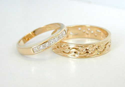 modern gold bands