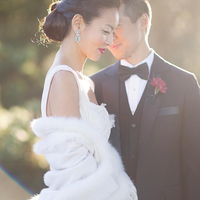 http://www.brides.com/wedding-ideas/real-weddings/2013/08/whimsical-black-tie-wedding-san-francisco-california?mbid=social_pinterest#slide=13