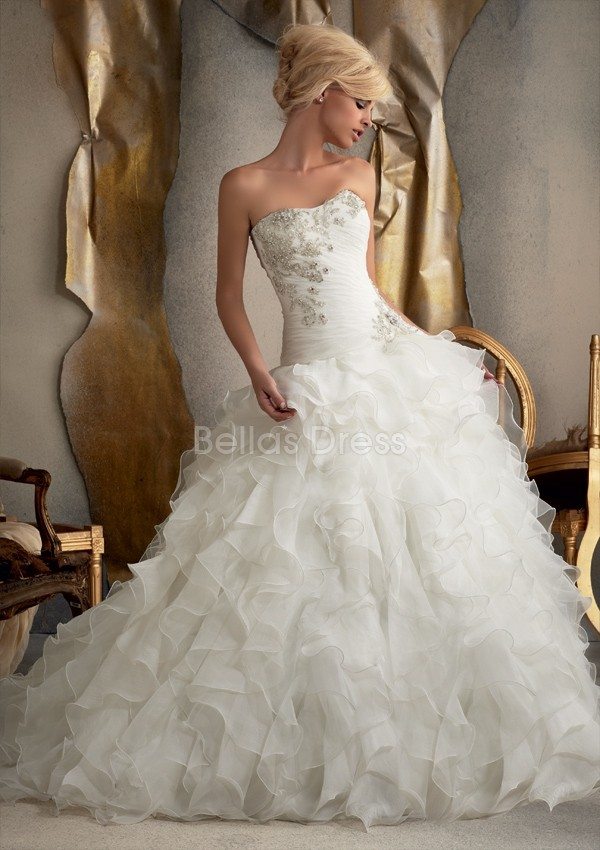 http://sangmaestro.com/2014/07/elegant-collections-of-organza-dropped-waist-wedding-dresses/