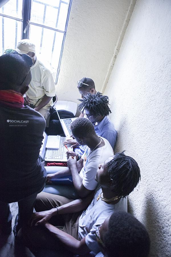 Im Musikstudio, Goma