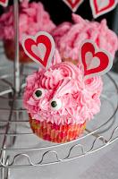 cupcakes_vday5541TH.jpg