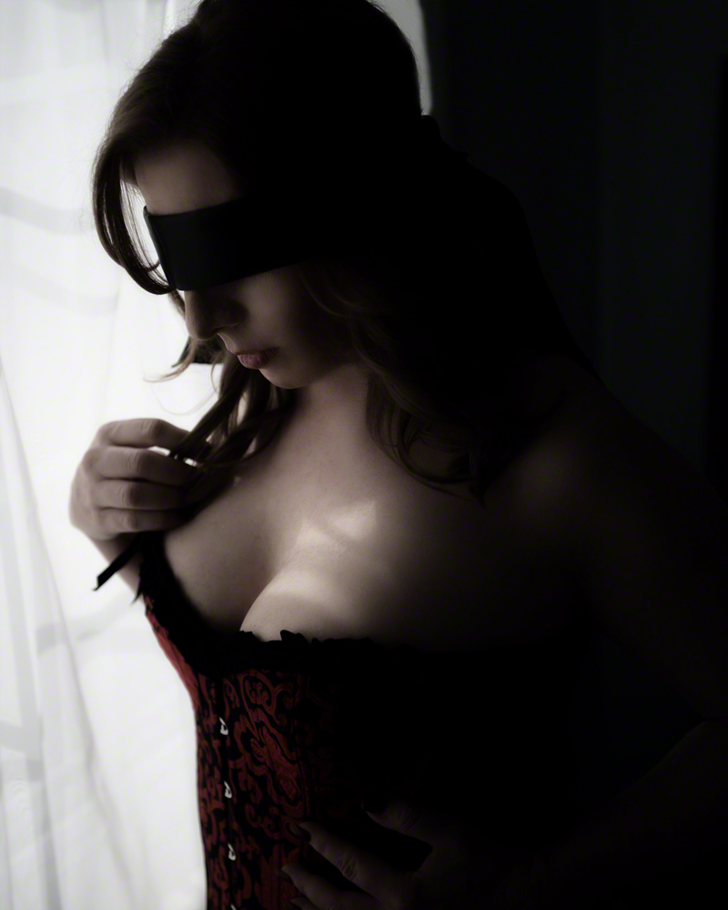 Boudoir Photography explores all types of shades and personalities. What is yours?