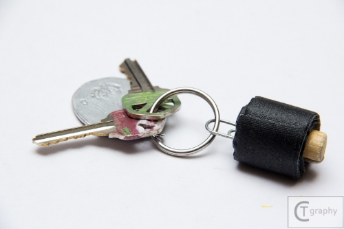 2014-27_CT_Gaffers Tape Keychain Tutorial-2.jpg