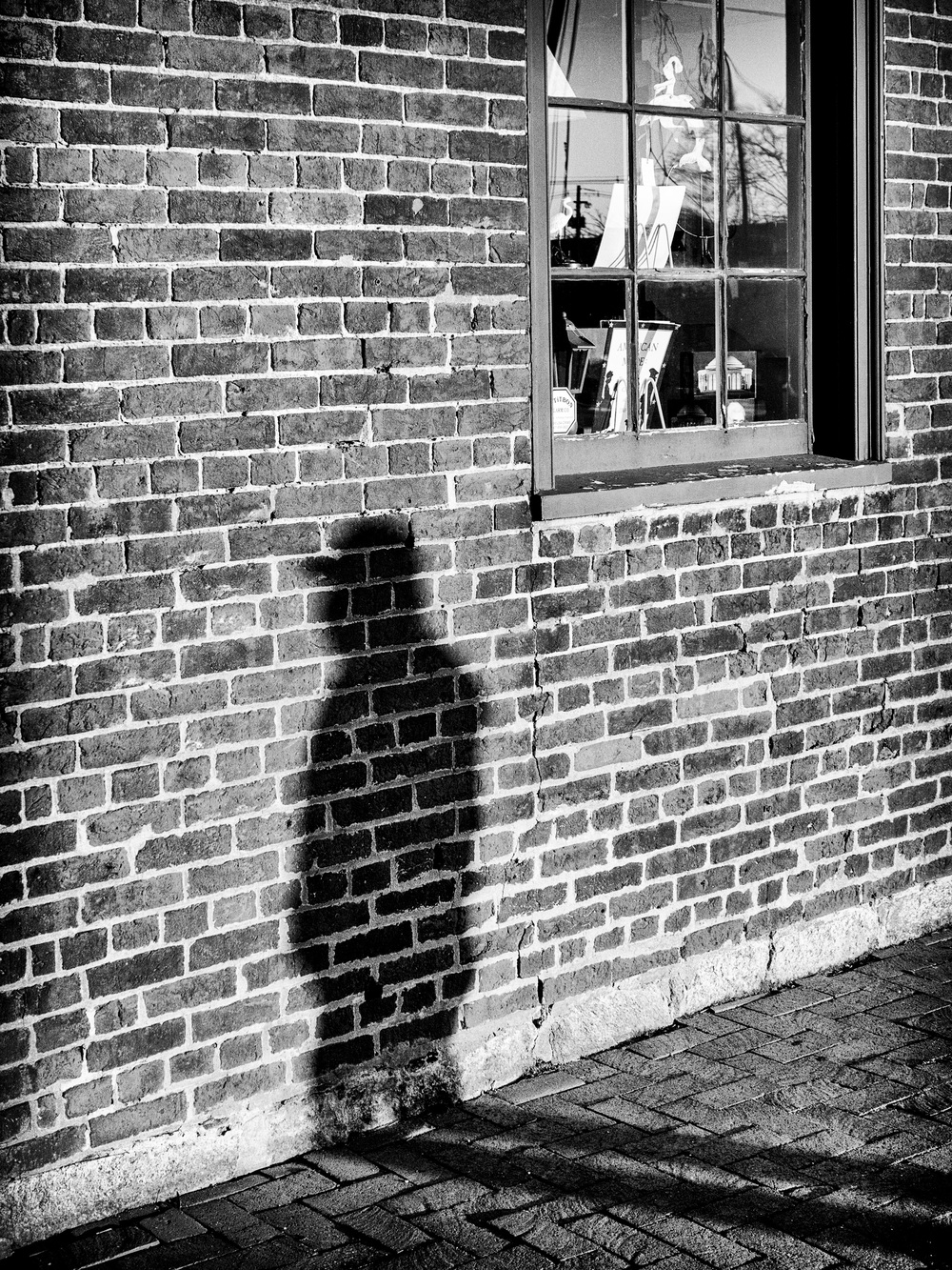 Shadow Man - Panasonic GH3, 25mm Summilux f/1.4 - ISO 800, f/4.0, 1/1000sec