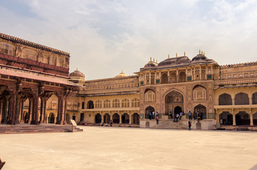 Diwan-i-Am on the left and Ganesh Pol to the right of the courtyard