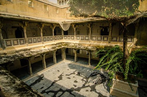 Bagore ki Haveli courtyard