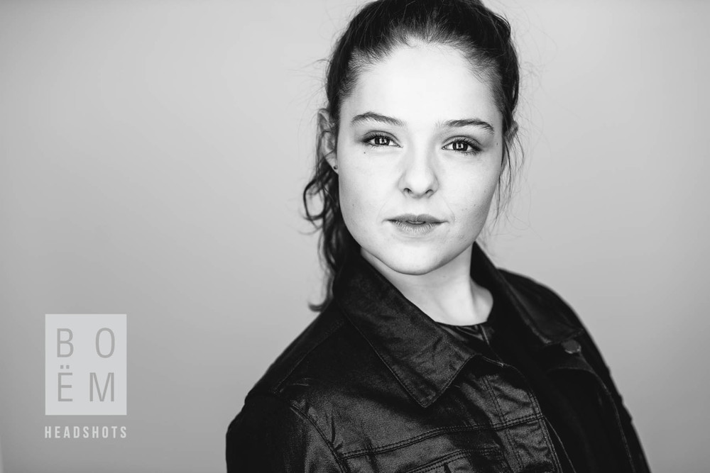 A preview of Sarah's headshot session today!