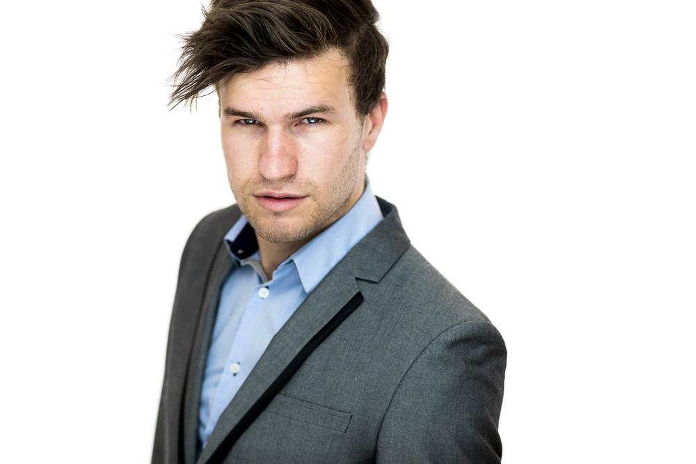 ollie-actor-headshots-adelaide-15.jpg