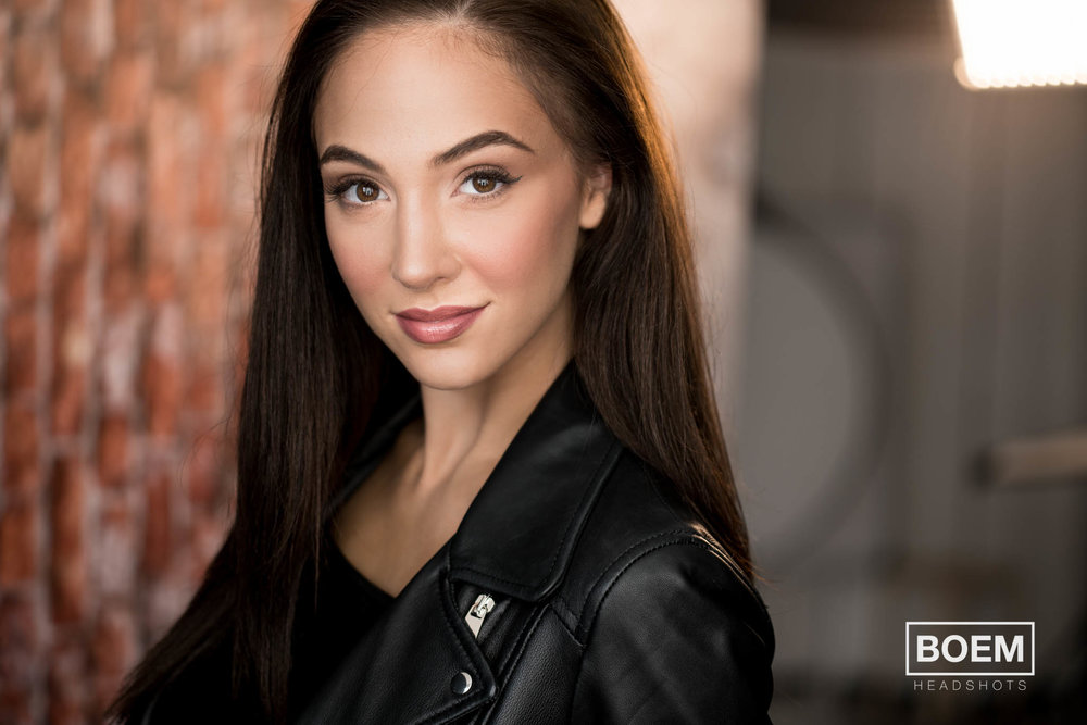Steph came in to see us for a brand new set of acting and performance headshots. It was a blast working with her and we even had time to push the limits a little with a few atmospheric images!