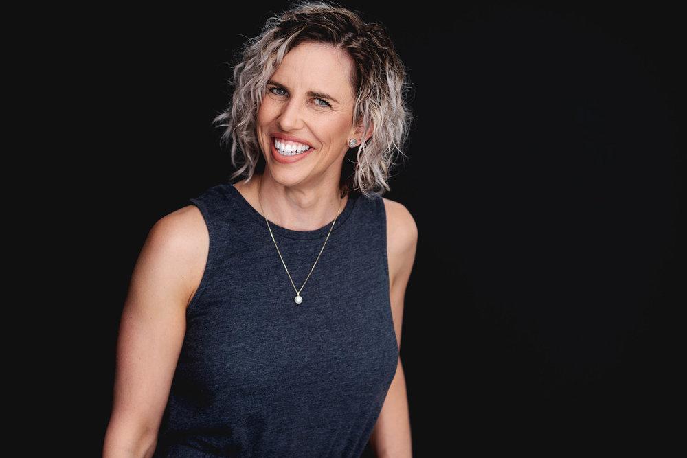Preview :: Holly :: Entrepreneur Headshots :: Adelaide