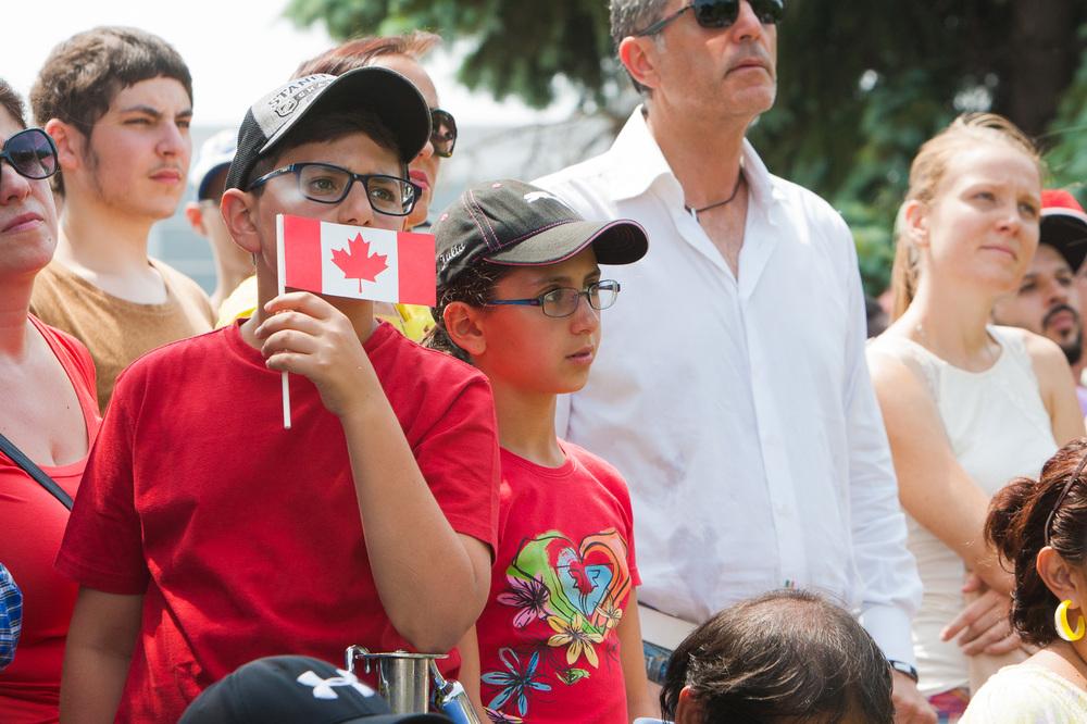 Les gens étaient nombreux pour assister à la cérémonie d'assermentation des nouveaux citoyens.