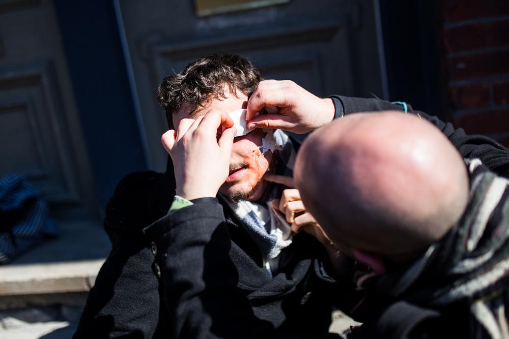 Manifestant blessé par les policiers du SPVM coin Beaudry et de Maisonneuve.