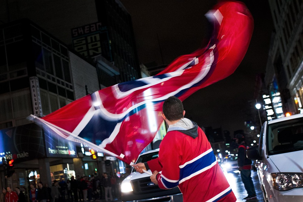04/22/2014  Fans took the streets after Habs victory against Tempa Bay's Lightning. The 2014 NHL playoffs were marked by spontaneous demonstrations on St-Catherine street.