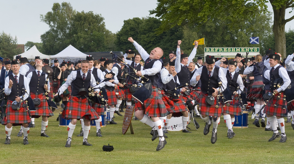 PipeBandMajorBritish2010_23892.jpg