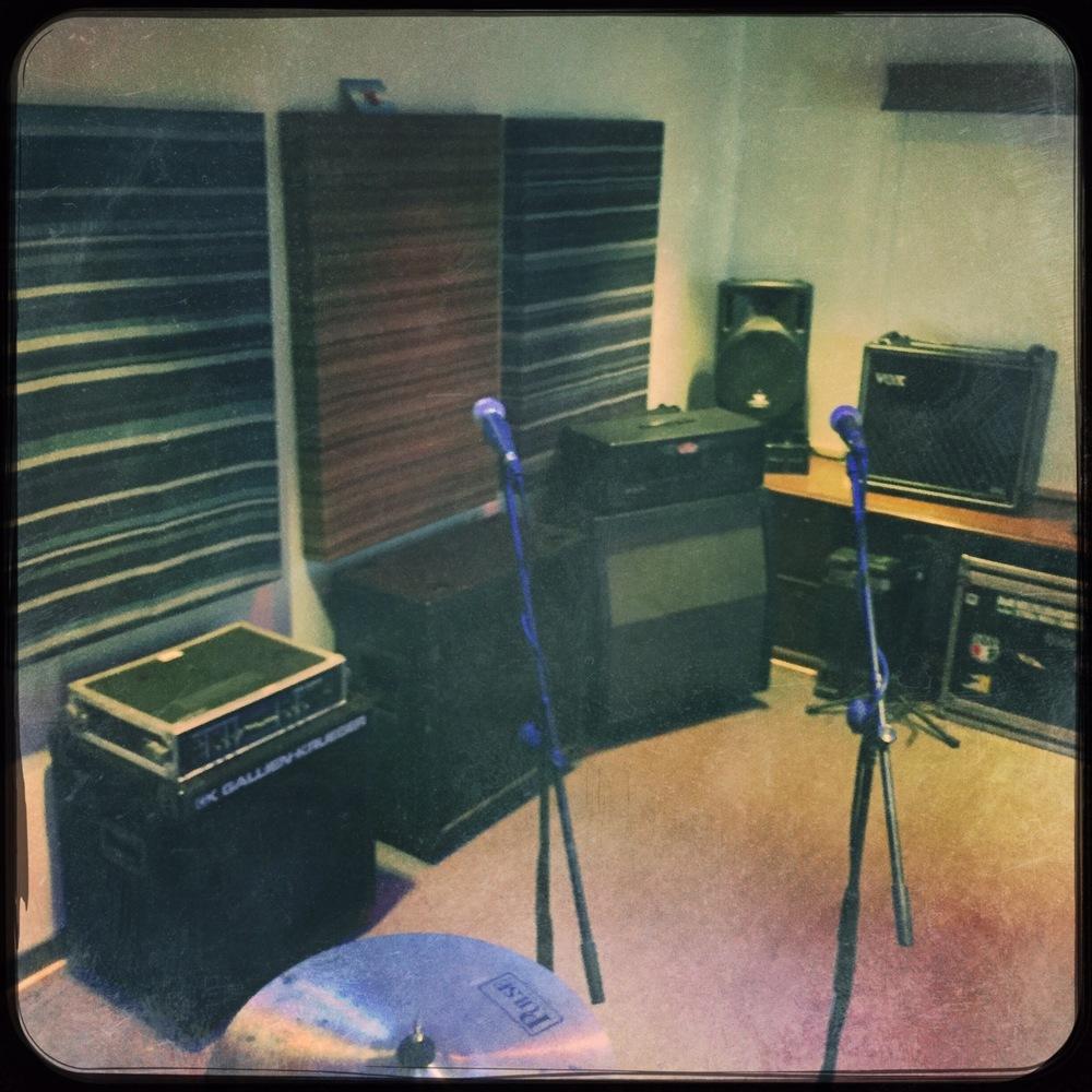 Studio-b3RoomA3.jpg