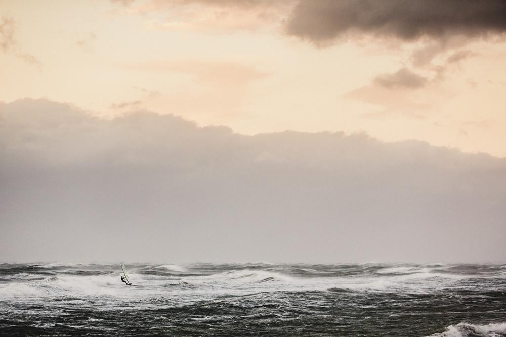 Windsurfer auf der Ostsee - Fotoprint auf AluDibond Platte - 100 x 70 cm