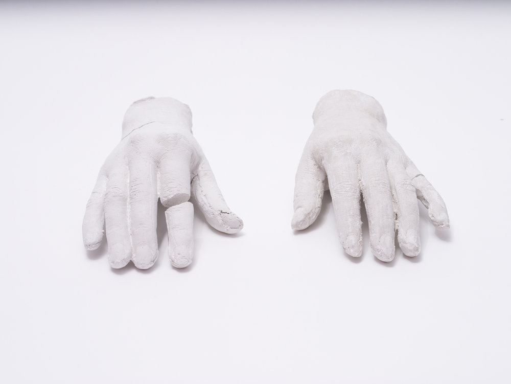 installation consists of 260 hands with tags/vitrus (porcelain based)/sizes between18 x 12 cm - 22 x  16 cm
