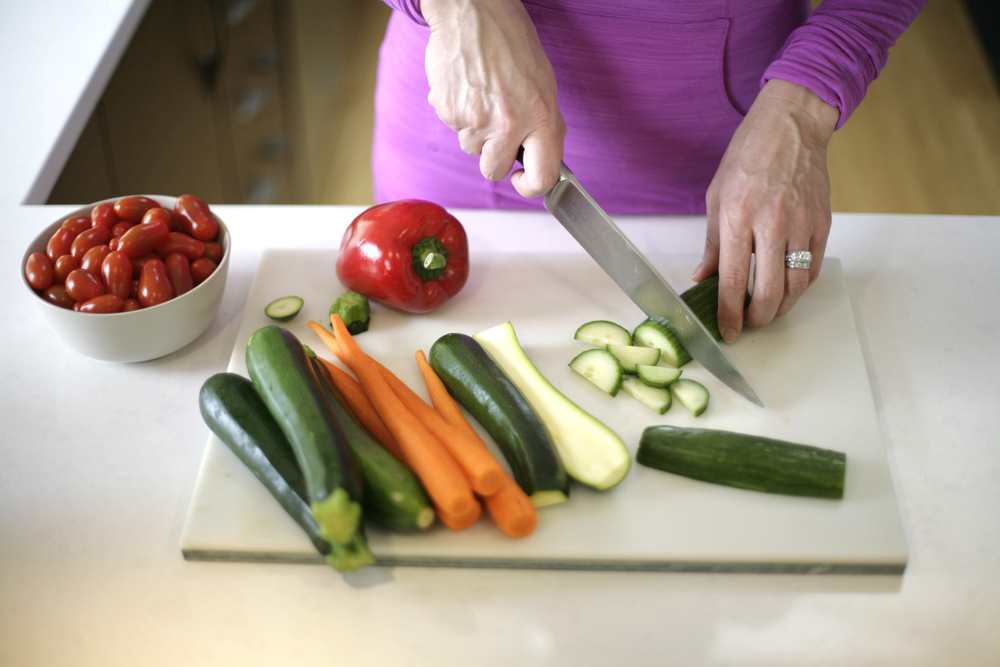 CuttingVeggies1.JPG