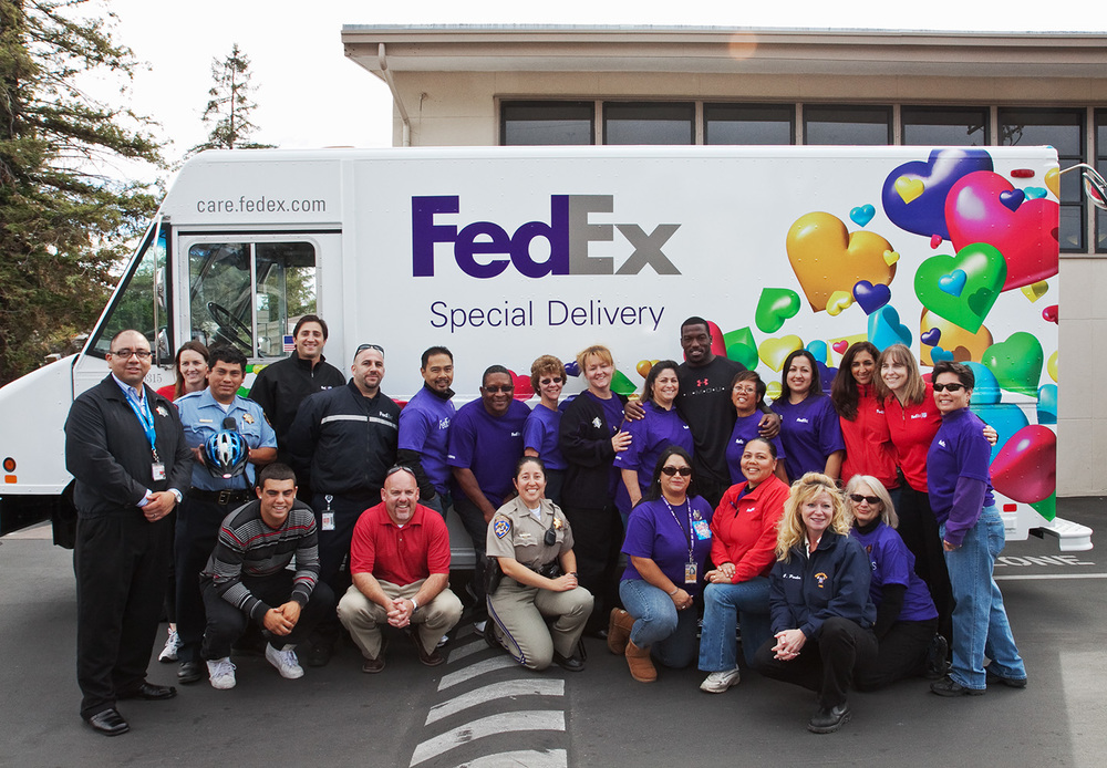 fedex-nfl-safe-kids-chp.jpg