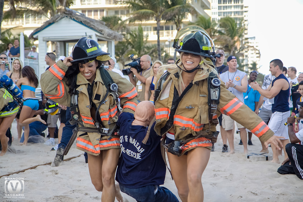 cheerleader-firefighter-event-pro-bowl.jpg