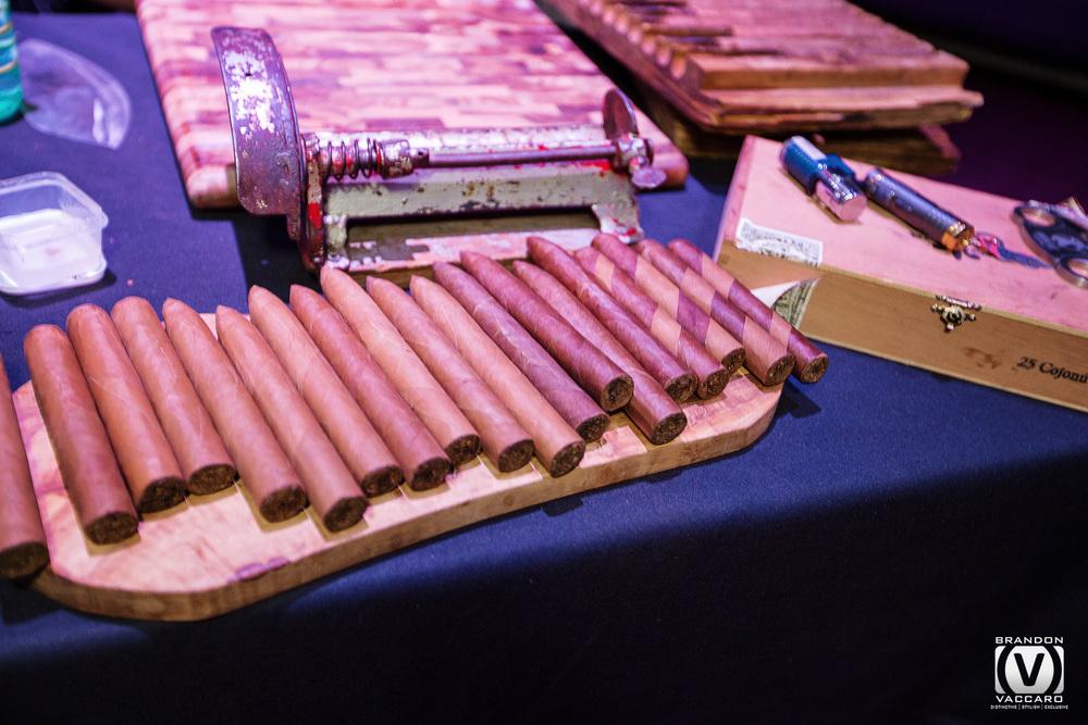 hand-rolled-cigars-photorapher.jpg