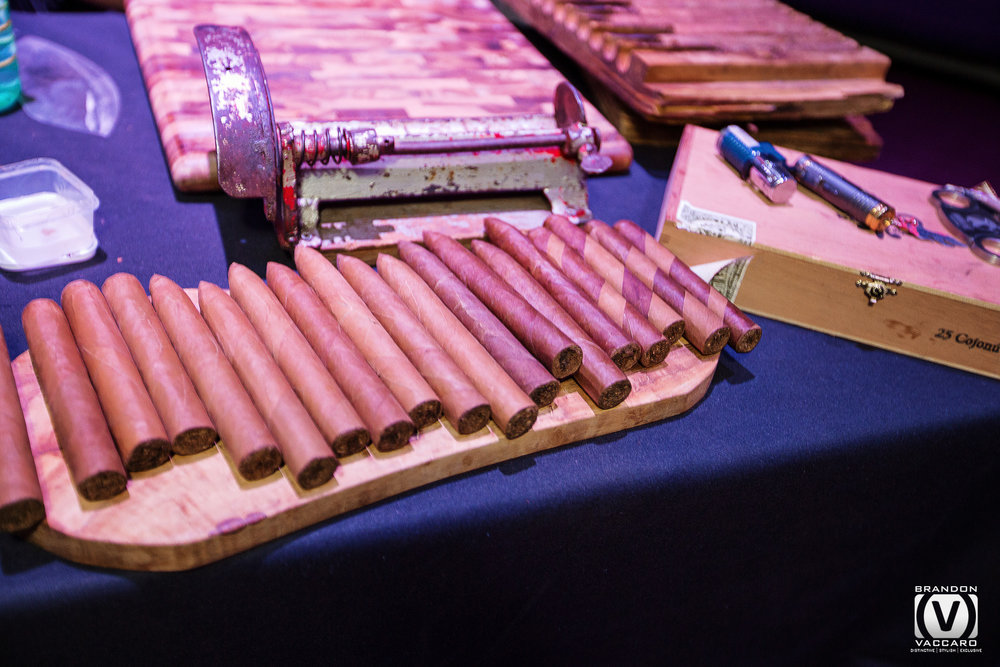 hand-rolled-cigars-photorapher.jpg