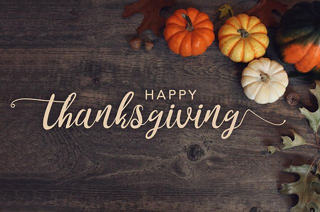 Thankful for family & friends today...and stuffing. 🦃🍁#friendsgiving #thankful #gobblegobble