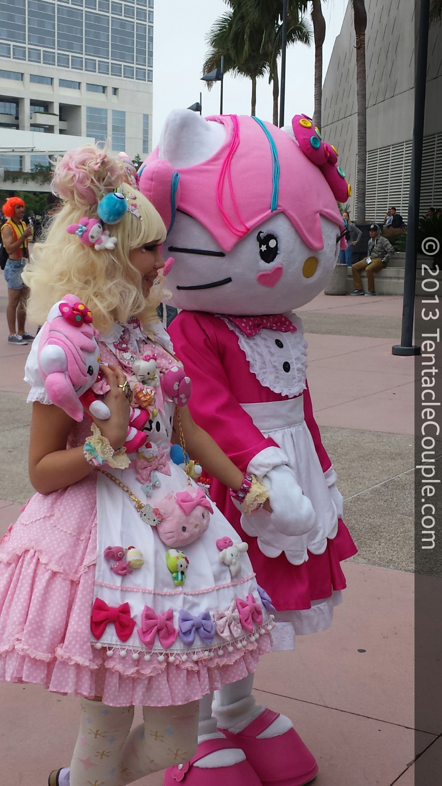 San Diego Comic-Con 2013 - Too Sweet!