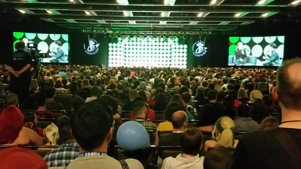 Standing room only at #AgentCarter panel #ECCC #agentsofshield